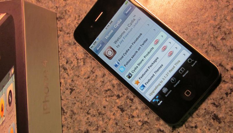 iPhone 4 mit iOS 4 Jailbreak und Cydia - wohl ein Fake