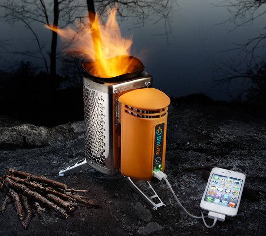 iPhone laden mit brennendem Holz? iPhone Lade-Ofen Biolite Campstove! 2