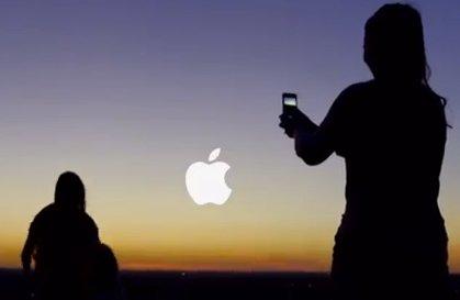 neuer apple iphone 5 werbespot photos every day. Black Bedroom Furniture Sets. Home Design Ideas