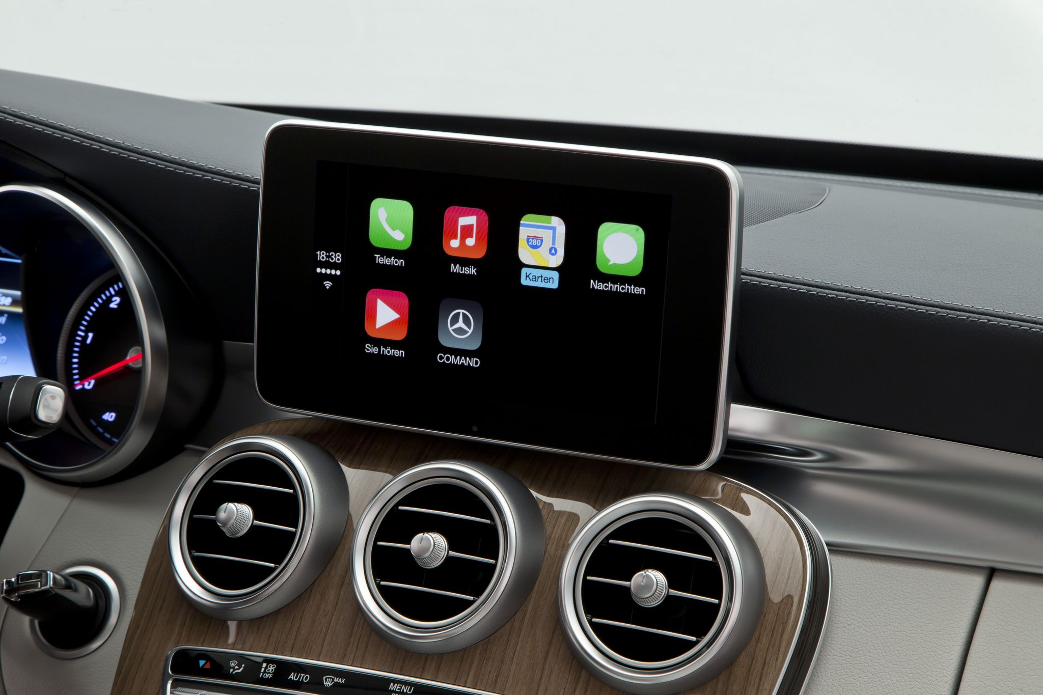 CarPlay: Apple iOS im Auto nur für iPhone 5s, 5c & iPhone 5 4