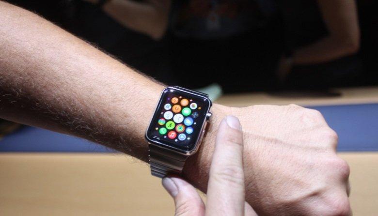 Apple Mitarbeiter testen Apple Watch (Fotos)