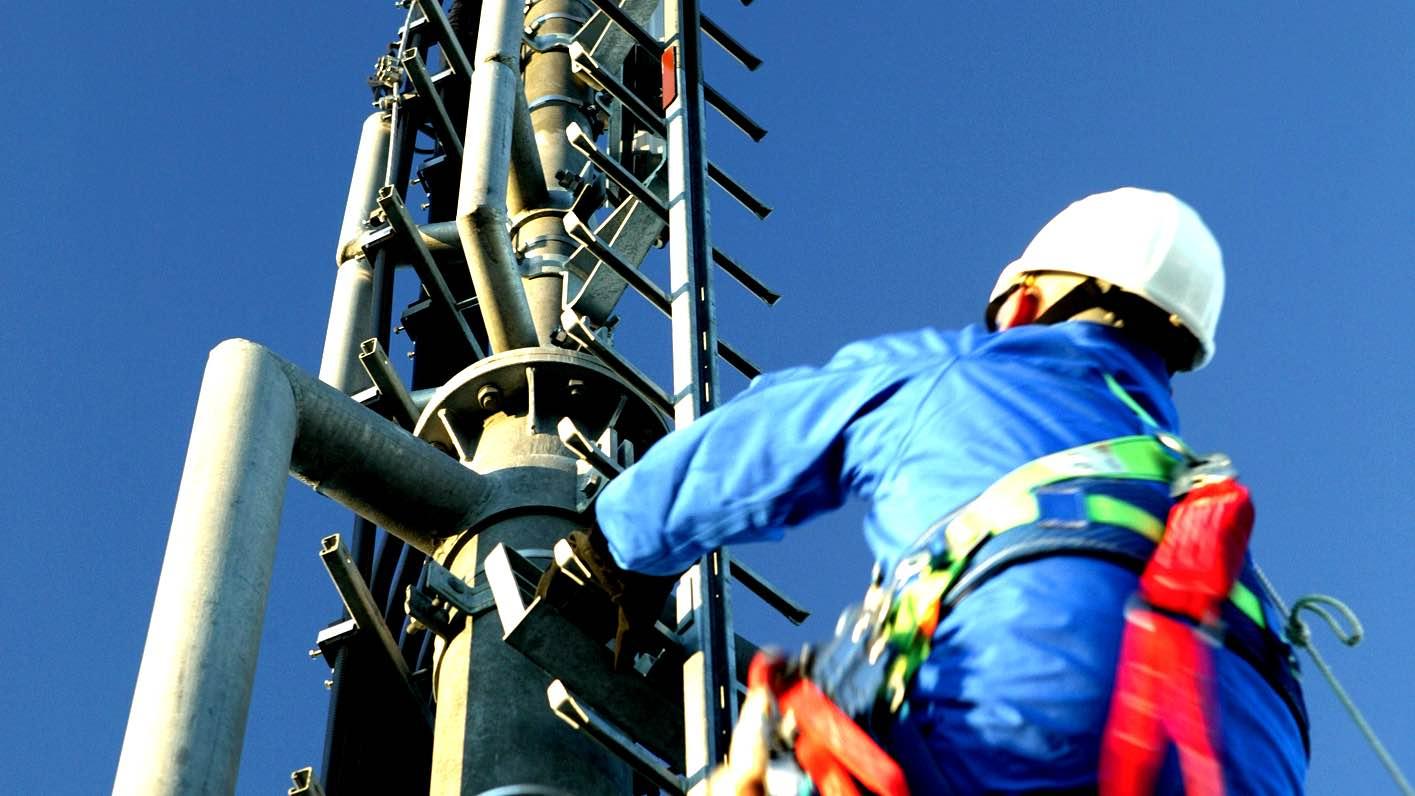 Telekom und O2 / E-Plus verbessern Netze: Telekom übernimmt Telefonica Funkmasten 13