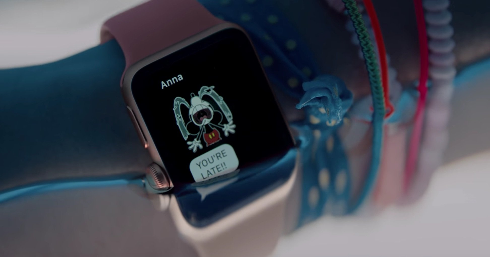 """Apple Watch Series 2 Werbespot """"Go Time"""" 23"""