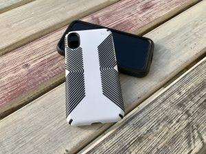 iPhone X Hüllen: Speck Presidio Grip & Ultra im Test 3