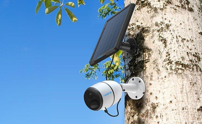 ces 2019 reolink go lte berwachungskamera mit solarpanel. Black Bedroom Furniture Sets. Home Design Ideas
