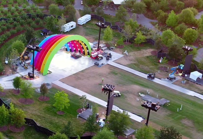 Jony Ive verantwortlich für mysteriöse Regenbogen Apple Bühne im Apple Park 2