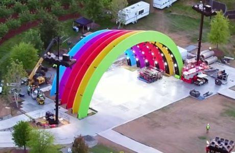 Jony Ive verantwortlich für mysteriöse Regenbogen Apple Bühne im Apple Park 1