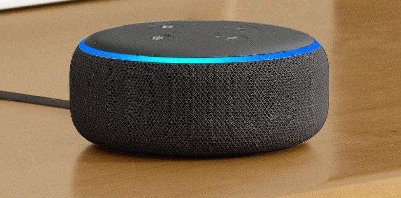 Mit Gutscheincode: Zwei Amazon Echo Dot 3. Gen Alexa Lautsprecher zum Preis von einem 3